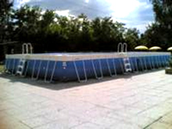Free-standing above ground pools in PVC cloth