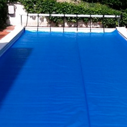 Pool's covering cloth