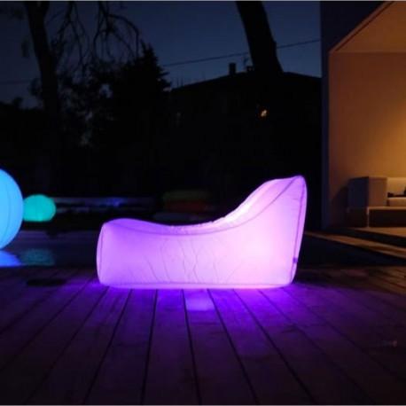 Poltrona galleggiante luminosa