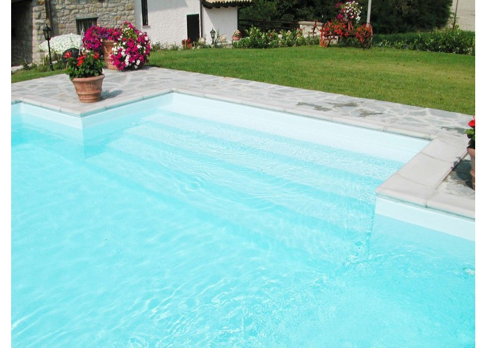 Bordo standard per piscina in pietra ricostruita 4x8 metri