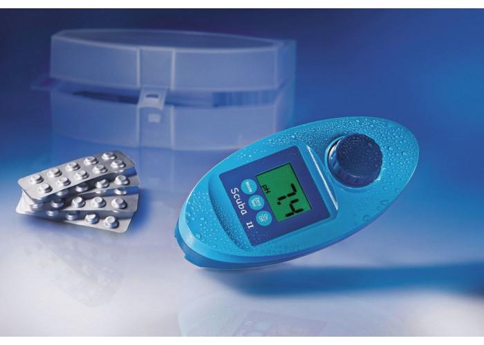 Photometer for pool analysis Scuba II by Lovibond