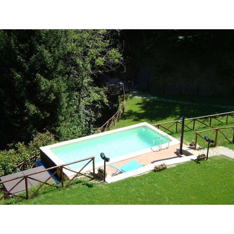 Laghetto piscine prezzi stunning piscina fuori terra - Piscine semi interrate prezzi ...